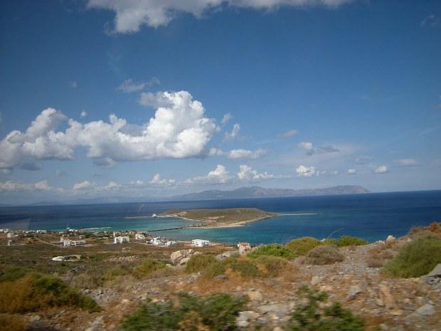 Blick über die Insel auf das Meer